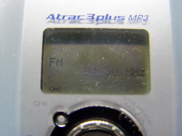 SONY Walkman D-NF600 CD/MP3/RADIO 4