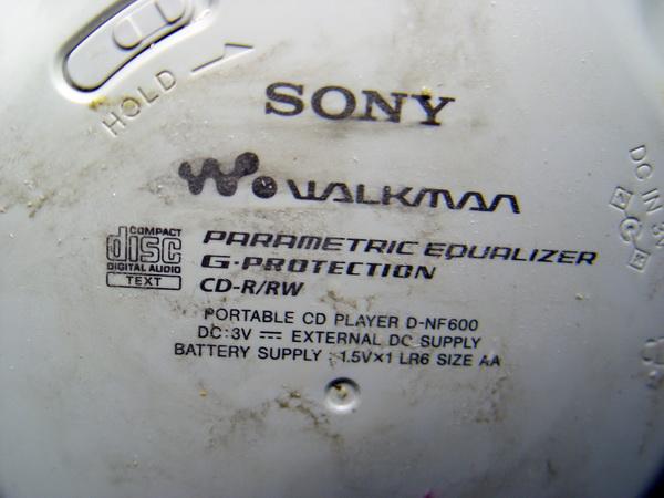 SONY Walkman D-NF600 CD/MP3/RADIO 8