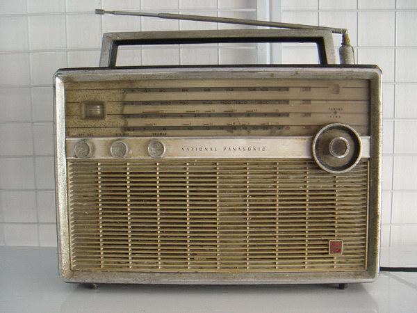 วิทยุ Vintage National-Panasonic World wide Band