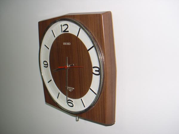 นาฬิกาแขวน SEIKO ระบบ TRANSISTOR 1