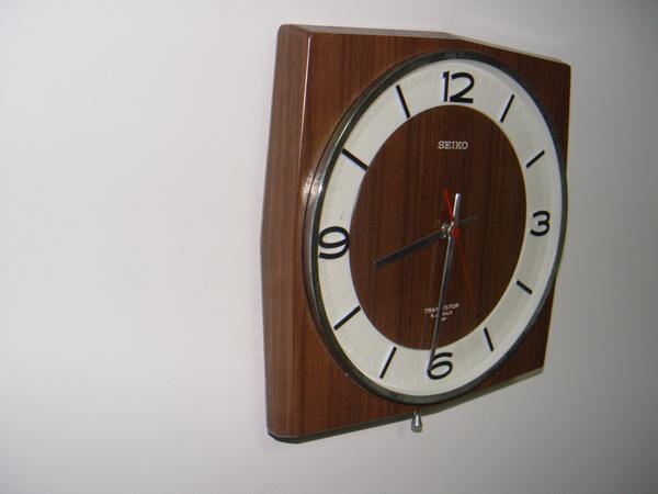นาฬิกาแขวน SEIKO ระบบ TRANSISTOR 2