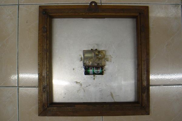 นาฬิกาแขวนโบราณเยอรมัน ระบบไขลานออโตเมติก 2