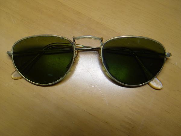 แว่นกันแดด RayBan ทรงรี U.S.A. BL 52 มม. เลนส์เขียวG15 สภาพดีมาก