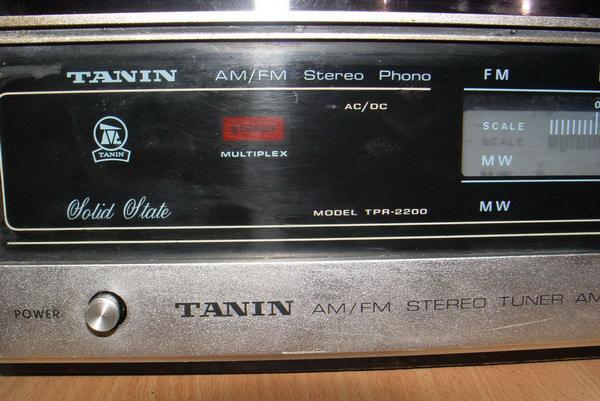 Tanin TPR-2200 AM/FM Stereo Phono เครื่องเล่นแผ่นเสียงธานินทร์ ใช้งานได้ปกติทุกฟังชั่น 8