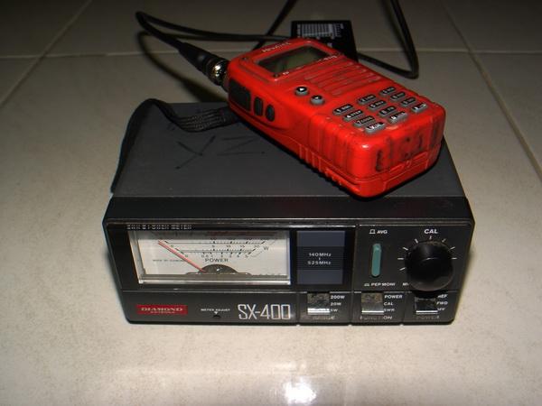 เครื่องวัด SWR และกำลังส่งของวิทยุรับ-ส่ง(วอ) DIAMOND รุ่นSX-400 ของแท้ใช้งานได้ปกติ วัดได้ทุกย่านทั 8