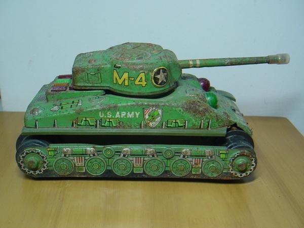 รถถังสังกะสี Sherman M4 Made in Japan 1