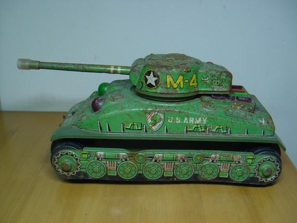 รถถังสังกะสี Sherman M4 Made in Japan 2
