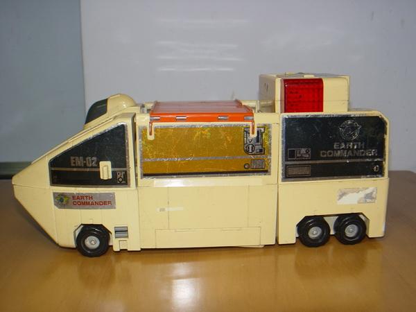 Vintage TOMY JAPAN รถแปลงร่างแบตเตอรี่ งานเก่า เหมาะสะสม