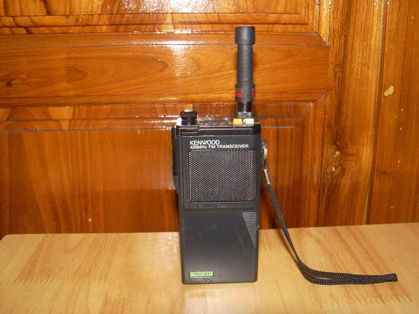 วิทยุสื่อสาร KENWOOD TH-41 ญี่ปุ่นแท้ ย่าน UHF 430-440 Mhz