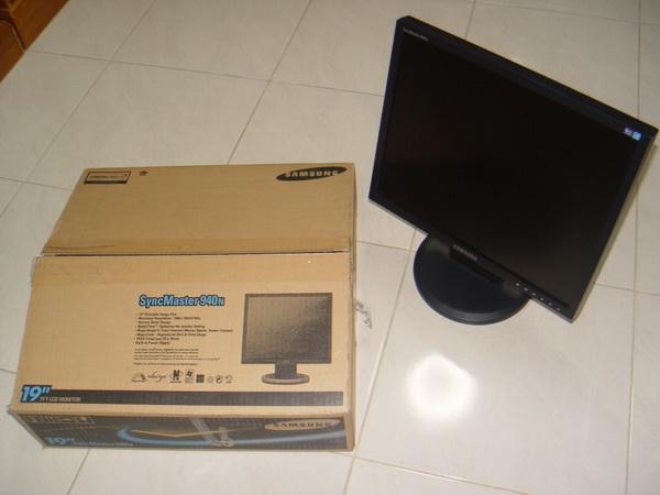 จอคอม LCD SAMSUNG 940N 19นิ้ว สภาพใหม่เก่าเก็บ 2