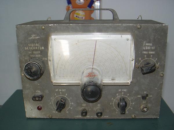 RF-AF Signal Generator LEADER LSG-11 รุ่นหลอด ใช้งานได้ปกติ