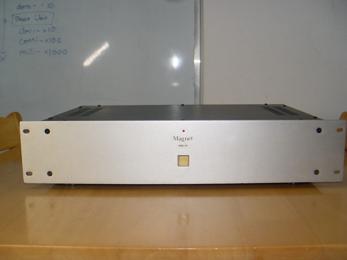 Magnet MA-5 Power Amplifier สภาพสวย เสียงดีมาก ใช้งานได้ปกติ