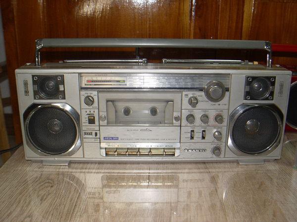 วิทยุเทป Sanyo M7900K ใช้งานได้ปกติ สวยน่าสะสม