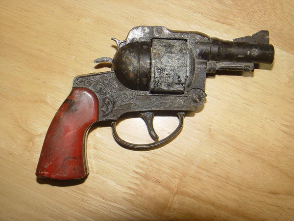 ปืนแก๊บ ของเล่นโบราณ งานเก่า England ใช้งานได้ปกติ