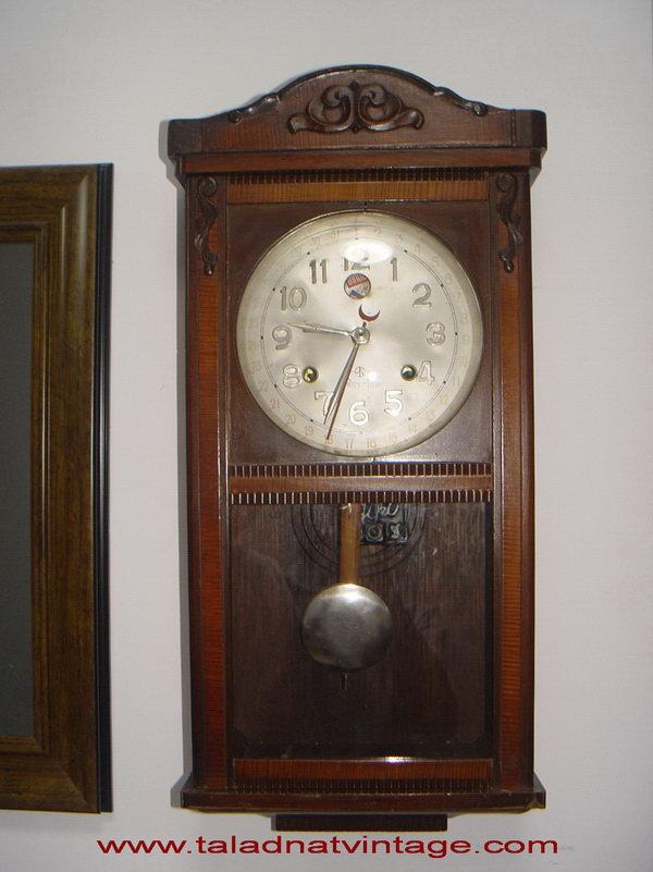 นาฬิกาแขวนลูกตุ้ม Aido ไอโด ระบบไขลาน มีบอกวัน และเข็มชี้บอกวันที่ อายุเกือบ100ปี
