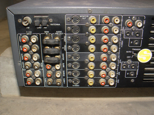NAD T752 AV Surround Sound Receiver 4