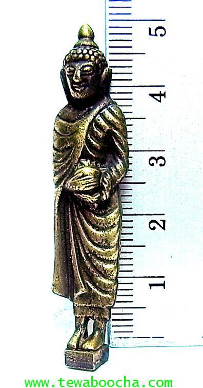 พระจำวันพุธ(กลางวัน) พระปางอุ้มบาตร ห่มจีวร:เนื้อทองเหลืองปัดดำยืนแท่นสี่เหลี่ยมสูง5ซม.ฐาน 1ซม. 2