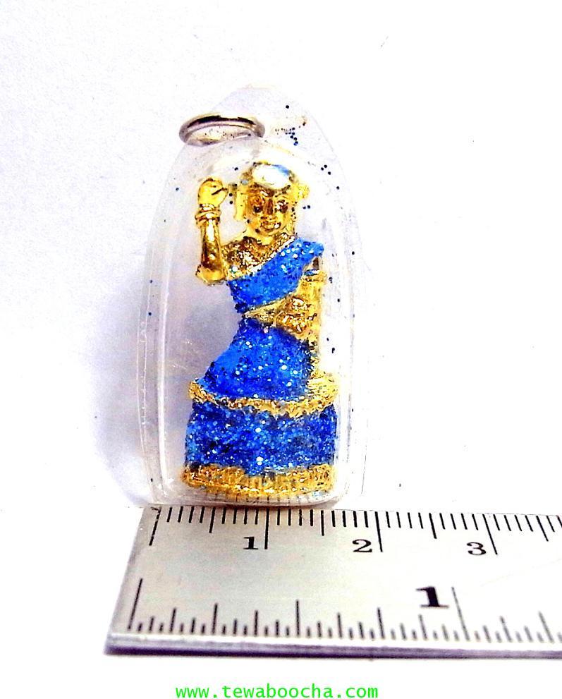 จี้แม่นางกวักเรียกโชคลาภค้าขายดีสวมสไบสีฟ้า องค์กลมกรอบพลาสติกกันน้ำสูง3.5ซม.กว้าง2ซม. 3