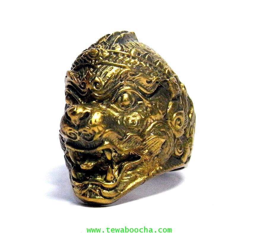 แหวนหนุมานเศียรใหญ่ลายไทยเนื้อทองเหลืองขัดเงา เส้นผ่านศูนย์กลาง 2 ซม.หน้าแหวนสูง2.8ซม.