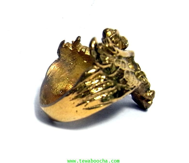 แหวนพญาครุฑกางปีกโค้ง ครอบนิ้ว เสริมดวงชนะศึกไล่อัปมงคล เสริมบารมี ปกครองบริวารดี มีคนนับถือยำเกรง 3
