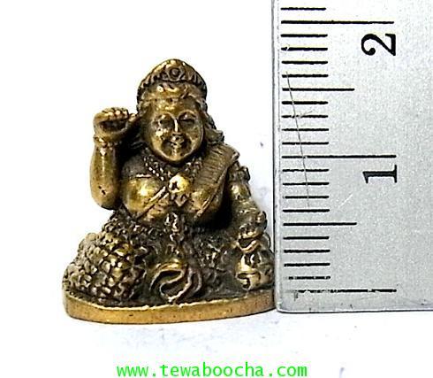 แม่นางกวักแม่รวยอุดมสมบูรณ์มั่งมีเงินทองถือถึงเงินทองกวักมือขวาเนื้อทองเหลืองสูง2ซมฐาน1.5ซม. 4