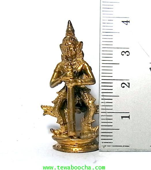 พระเวสสุวรรณพระพักตร์เทพคุ้มภัยใ้ห้โชคลาภเนื้อทองเหลืองสูง 4ซม.ฐาน 1.5 ซม.เหมาะทำล๊อกเกตห้อยคอ 4