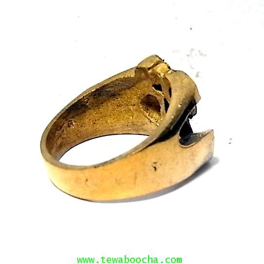 แหวนสัญลักษณ์โอม รวมพลังมหาเทพ เนื้อทองเหลืองผิวเก่าหน้าแหวนสูง 1.3 ซม.เส้นผ่านศูนย์กลาง2ซม. 3