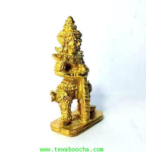 พระเวสสุวรรณคุ้มครองกันภัยปัดสิ่งชั่วร้ายเนื้อทองเหลืองชุบทองสูง3.5ซม.ฐาน1.7ซม. 3