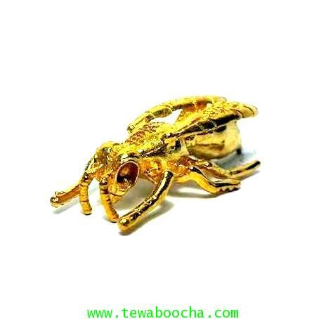 ตัวต่่อมงคล(ต่อเงินต่อทอง)พกติดตัวทำจี้หรือใส่กระเป๋าเนื้อทองเหลืองชุบทองสูง1ซม.ลำตัวยาว4ซม.
