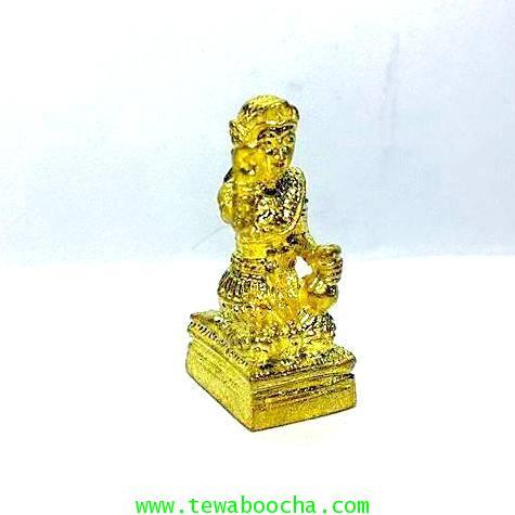 นางกวักมหาลาภจิ๋ว ถือถุงเงินมือขวากวักมือซ้ายนั่งแท่นเนื้อทองเหลืองชุบทอง สูง 2ซม.ฐาน 0.8 ซม. 4