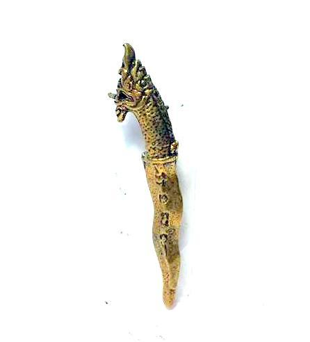 กริชพญานาค จิ๋ว กันภัยคุ้มครองภัยให้ลาภเนื้อทองเหลืองสูง 3.5ซม.กว้าง0.5 ซม.