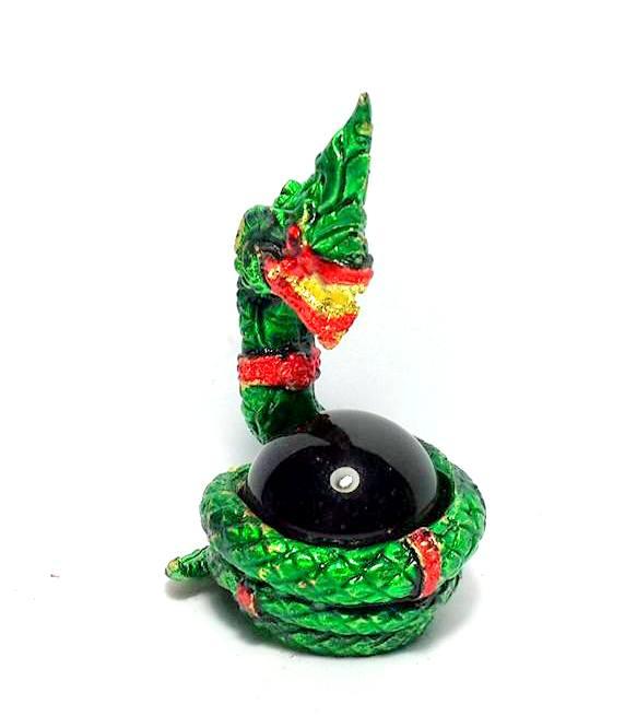 องคพญานาคอุ้มลูกแก้วสมปรารถนาล้อมลูกแก้วสีเขียว ให้ลาภเมตตามหาเสน่ห์สูง3.5ซม.ฐาน2ซม.
