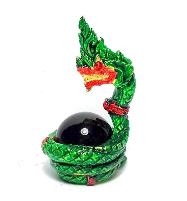 องคพญานาคอุ้มลูกแก้วสมปรารถนาล้อมลูกแก้วสีเขียว ให้ลาภเมตตามหาเสน่ห์สูง3.5ซม.ฐาน2ซม. 2