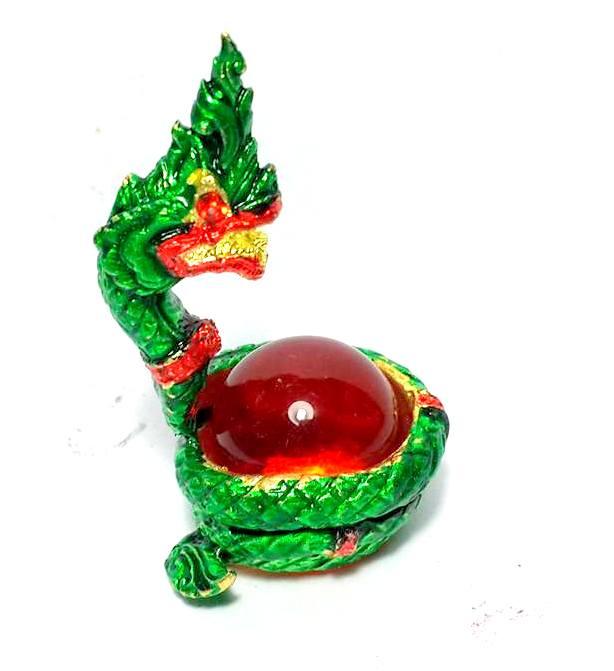 องค์พญานาคอุ้มลูกแก้วสมปรารถนาล้อมลูกแก้วสีแดง ให้ลาภเมตตามหาเสน่ห์สูง3.5ซม.ฐาน2ซม.