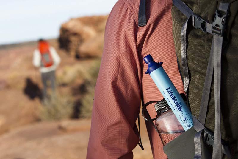 เครื่องกรองน้ำพกพา LifeStraw (กรองน้ำได้ถึง 99.99 เปอร์เซ็น) 2