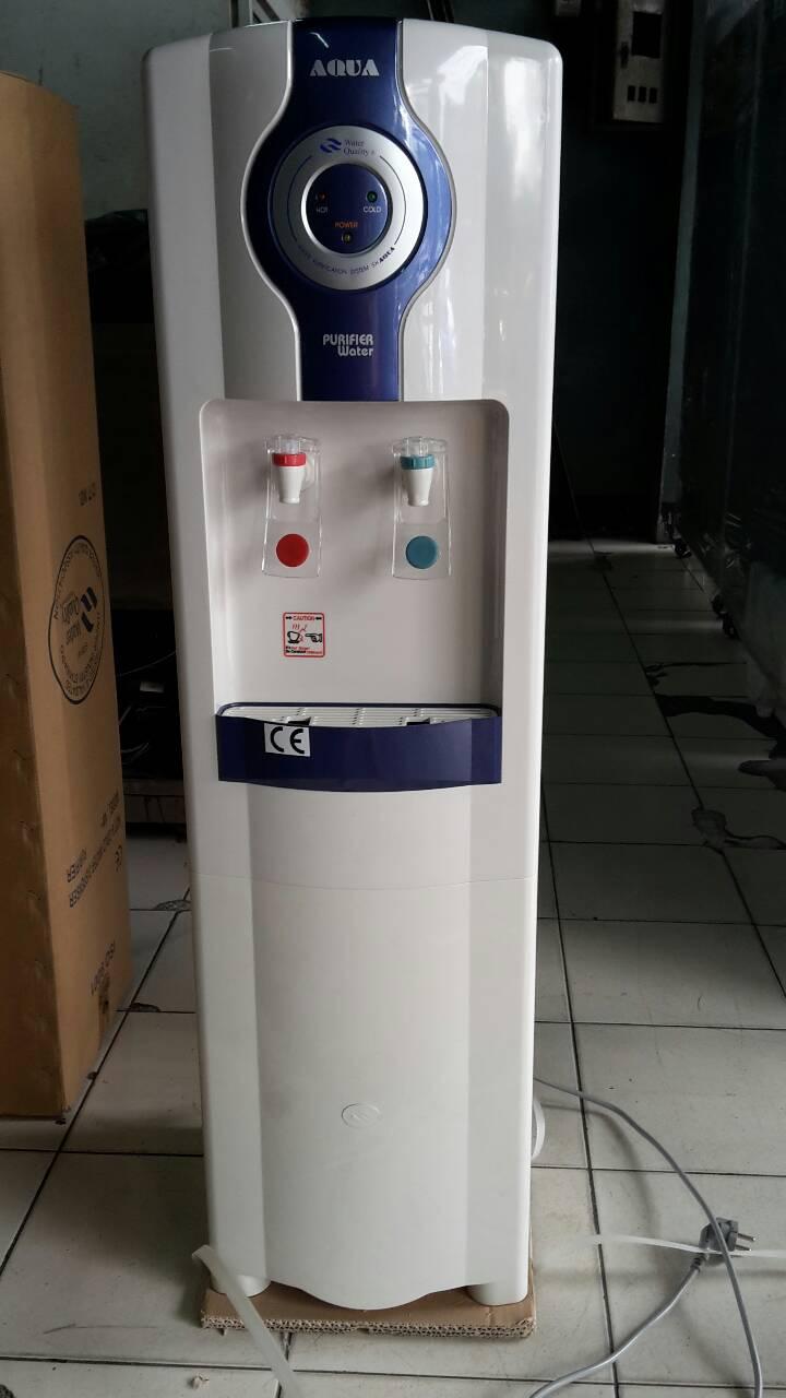 ตู้น้ำเย็น-ร้อนพลาสติก พร้อมเครื่องกรอง