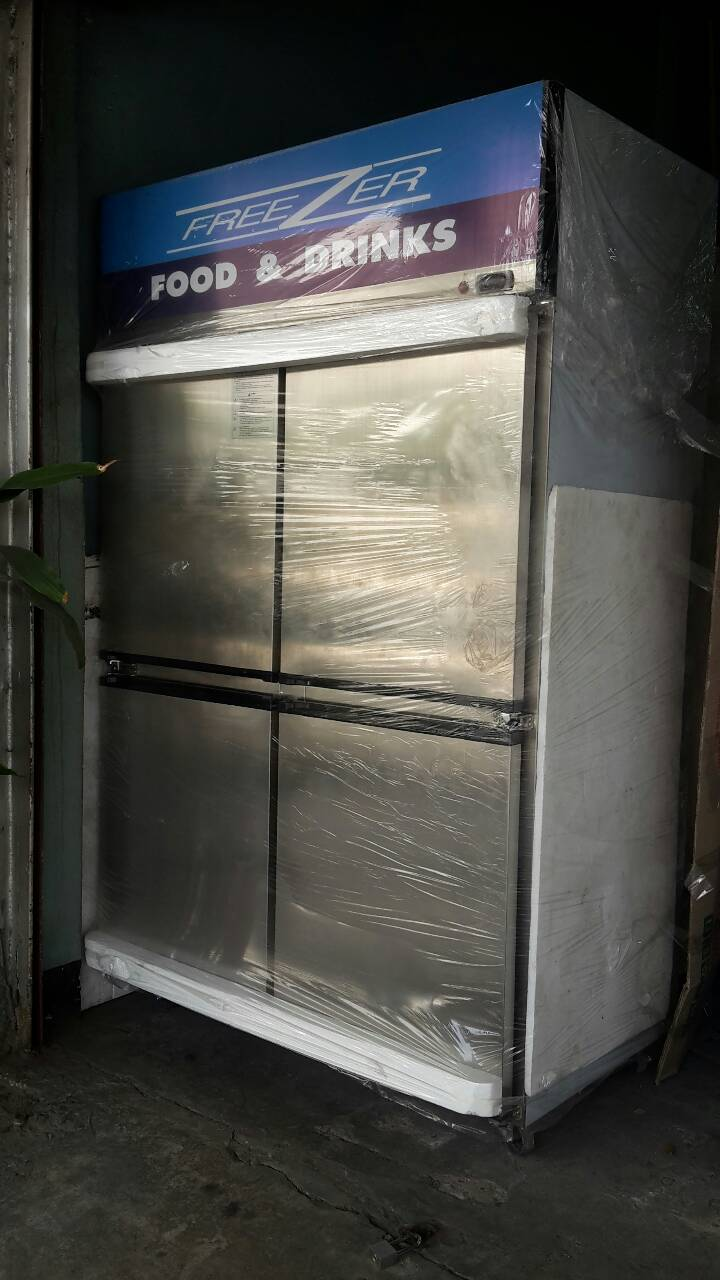 ตู้แช่สแตนเลส 4 ประตูทึบ ฟรีส