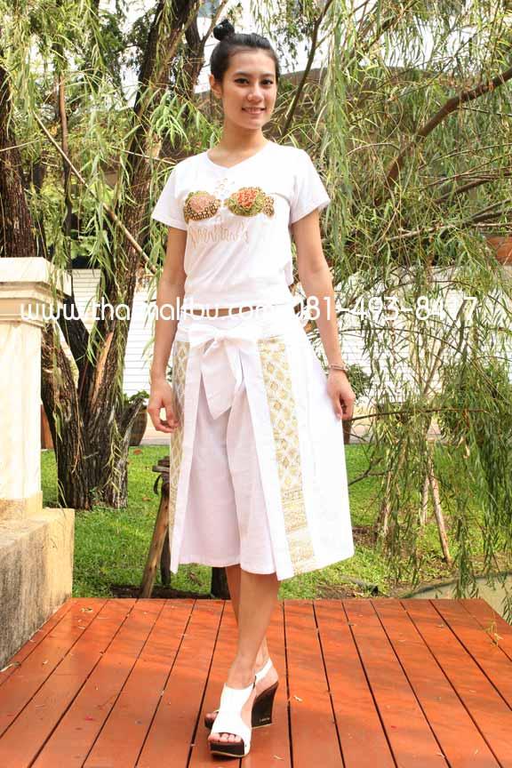 กางเกงโบว์ ขาสี่ส่วน แถบผ้าลายไทย