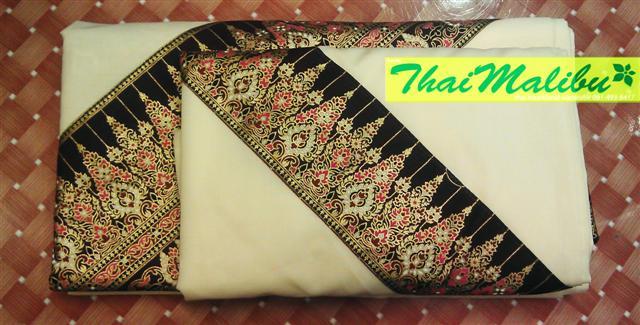 ชุดผ้าปูเตียง+ปลอกหมอนคาดลายไทย
