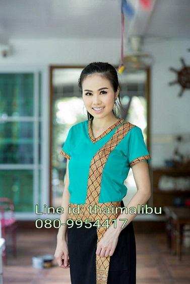 ชุดสปา เสื้อยืดคอวีเขียว ขลิบคอแขนลายไทย