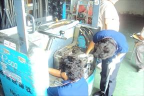 งานบริการซ่อมรถโฟล์คลิฟท์ไฟฟ้า