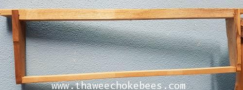 คอนเปล่าสำหรับผึ้งโพรง กว้าง 44 cm สูง 13 cm ยาว 48 cm น้ำหนัก 220 กรัม ไม่รวมค่าขนส่งค่ะ