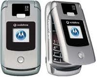 Motorola V3X ระบบ 3G UTMS 2100 Ghz และ 2.5 G 900/1800/1900 Ghz