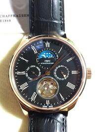 นาฬิกาสุดเท่ห์ IWC แบบ Chronograph เดินเครื่องในระบบ Automatic