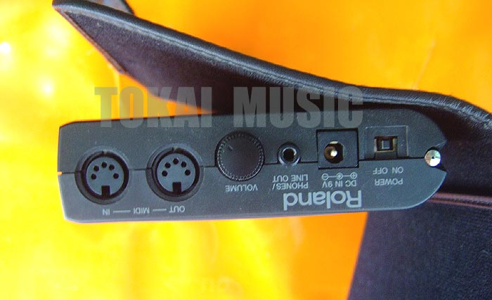 Roland PMA-5 ซาวด์SC-55mkIIในตัว ขนาดพอคเก็ตบุ๊ค พกพาสะดวกต่อคอมคาราโอเกะ/ซีเควนเพลง ปากกาแตะจอ 3