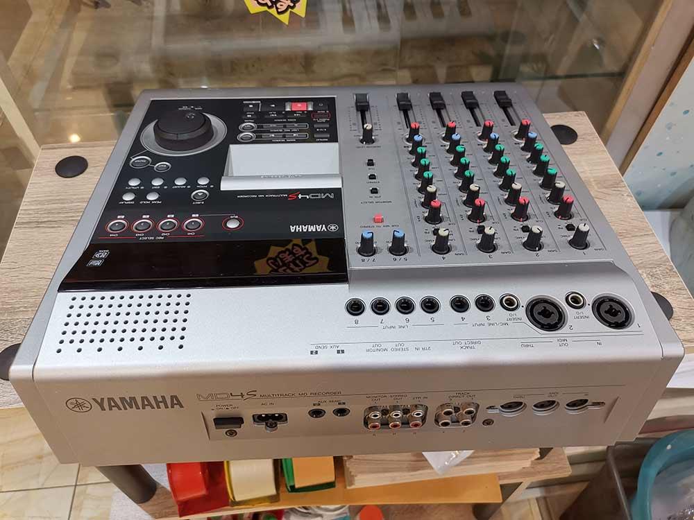 YAMAHA MD4S Multitrack MD Recorder เล่น/อัดบันทึกเสียงแผ่นMD ทั้งแบบธรรมดาและมัลติแทร็คJAPAN 1