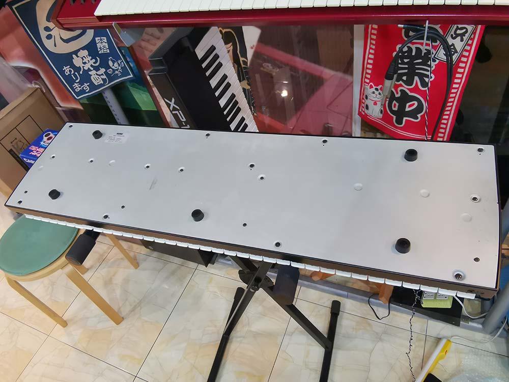 KORG X5 (MADE IN JAPAN)  61คีย์ เปียนโน/ออแกน/สตริง หนาสมจริง น้ำหนักเบากระทัดรัด/ย้ายวงสะดวก ต่อค 5