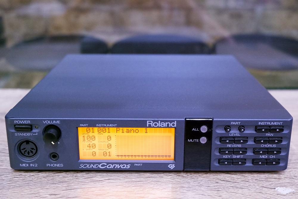 Roland SC-55(MADE IN JAPAN) ซาวด์แคนวาสคาราโอเกะ มีหน้าจอในราคาประหยัดสุด พร้อมคู่มือต่อคอมและAC