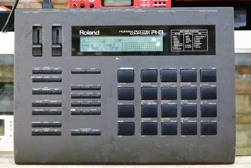 Roland R-8 (MADE IN JAPAN) บอกซ์กลอง เซ็ตแยกไลน์กลอง 6 รู 1