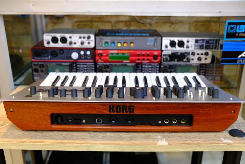 KORG Minilogue Polyphonic Analog Synthesizer ใหม่เอี่ยมกล่องครบ 1